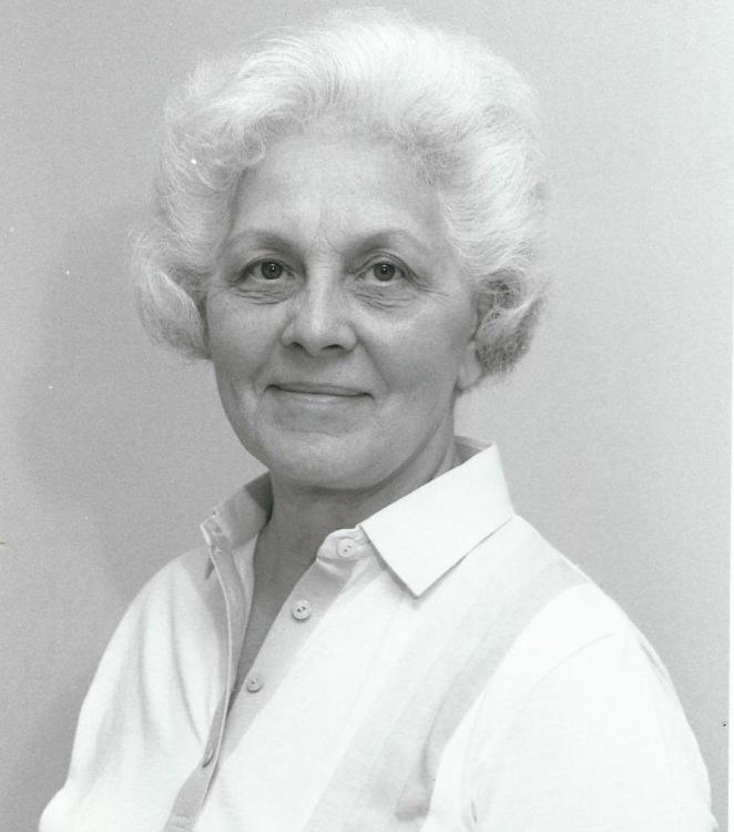 Shirley M Hodgins